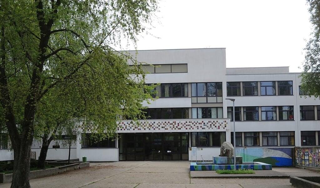 De door een rooms-katholieke broedercongregatie beheerde De la Salle Schule in Floridsdorf, een wijk in het noorden van Wenen.  (beeld wikipedia)