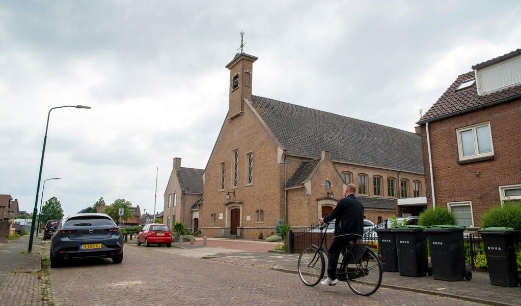 De Maranathakerk in Bunschoten-Spakenburg is in verlegenheid gebracht door een zedenzaak.  (beeld Hans-Lukas Zuurman)