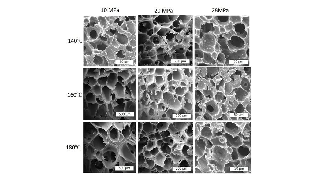Schuim dat ontstaat van biologisch afbreekbaar plastic bestek bij verschillende temperatuur en druk.  (beeld Heon Park)