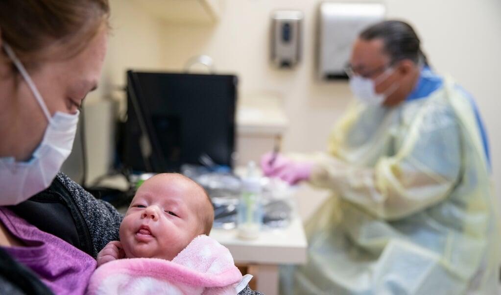 Het RS-virus maakt zelden dodelijke slachtoffers in Nederland.  (beeld getty images)
