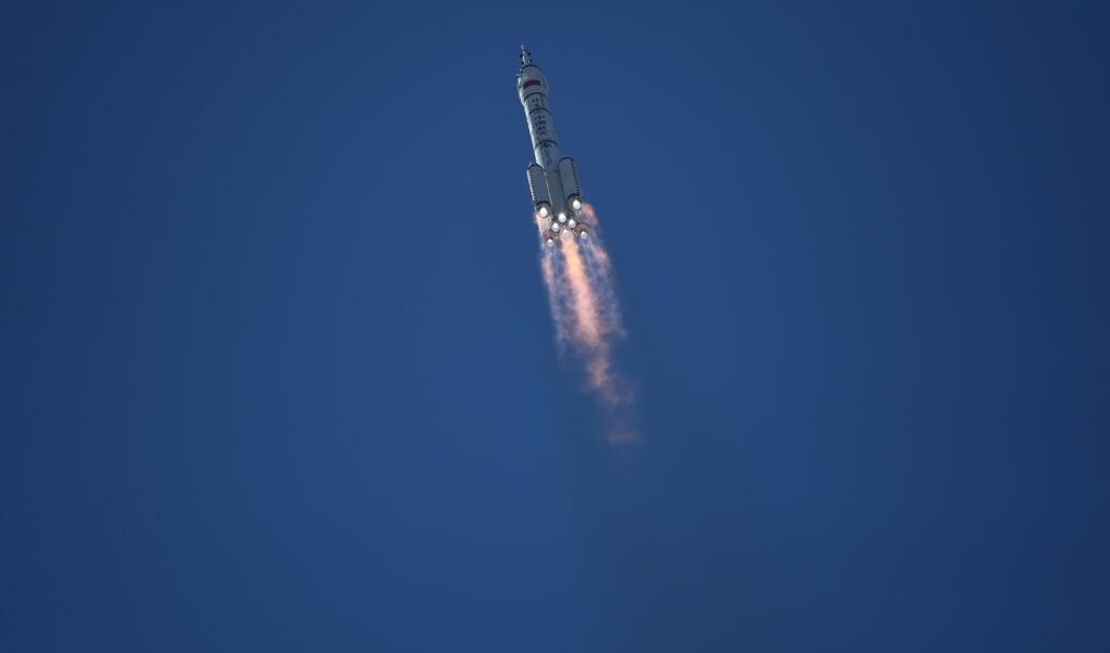 China's ruimtevaarders onderweg.  (beeld afp)