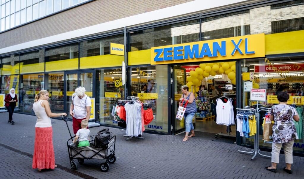 Zeeman-filiaal in Alphen aan den Rijn.  (beeld anp / Robin van Lonkhuijsen)