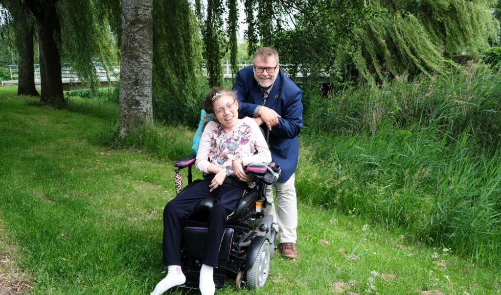 Marcel Kolder en zijn dochter Mayim.  (beeld Dick Vos)