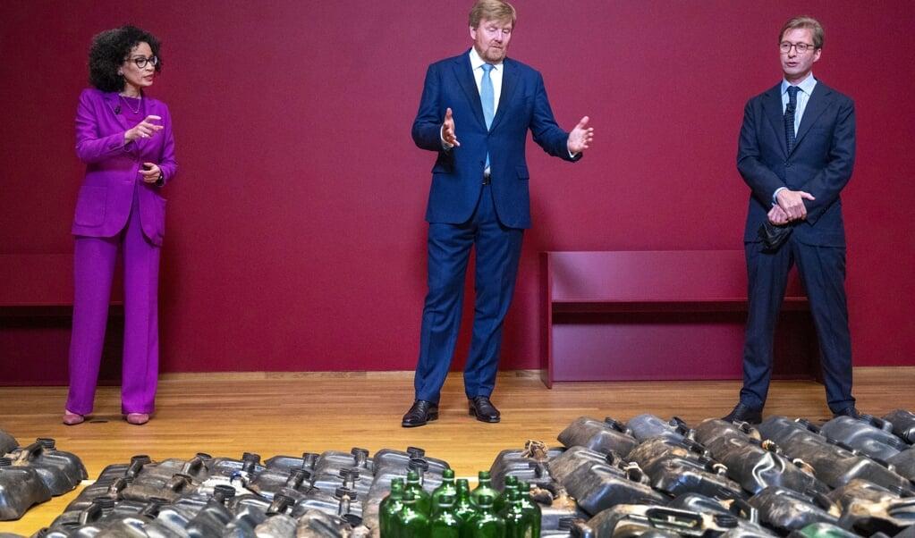 Koning Willem-Alexander bij opening van de slavernijtentoonstelling.  (beeld anp / Evert Elzinga)