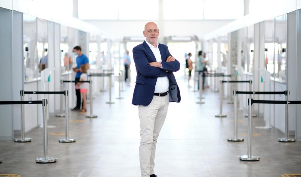 Joop Blok, manager GGD teststraten, testlocatie Jaarbeurs in Utrecht.  (beeld Dick Vos)