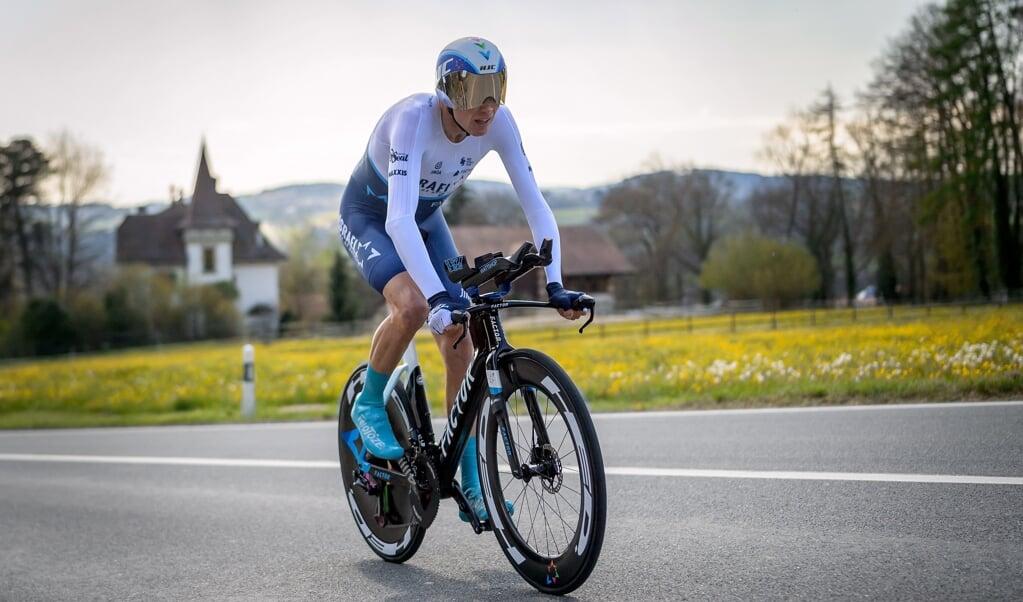 Chris Froome in actie tijdens de proloog van de Ronde van Romandië.  (beeld Fabrice Coffrini / afp)