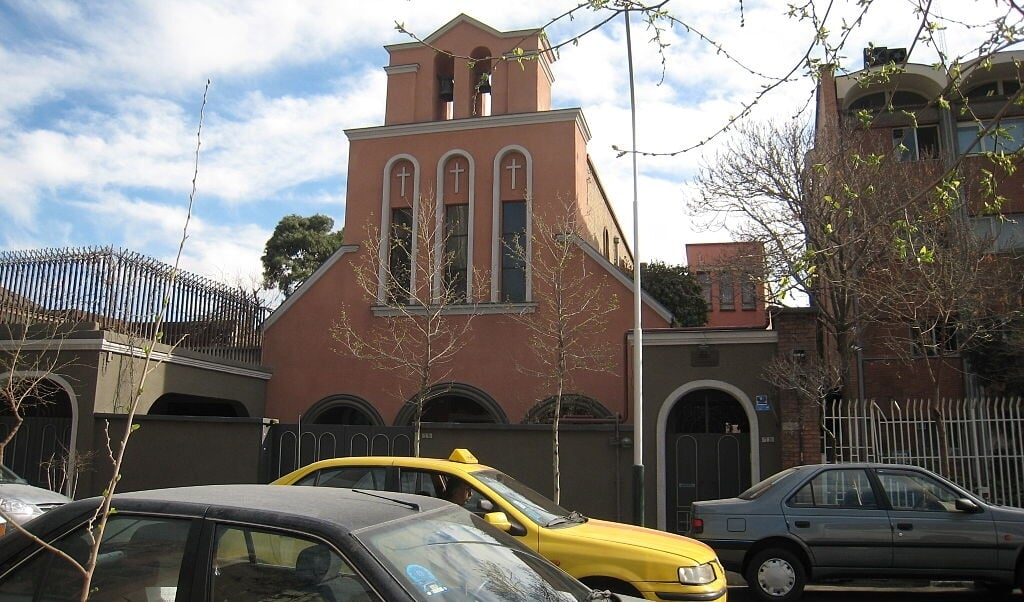 De rooms-katholieke kathedraal in Teheran van het enige bisdom in Iran, het bisdom Teheran-Ispahan.  (beeld wikipedia)