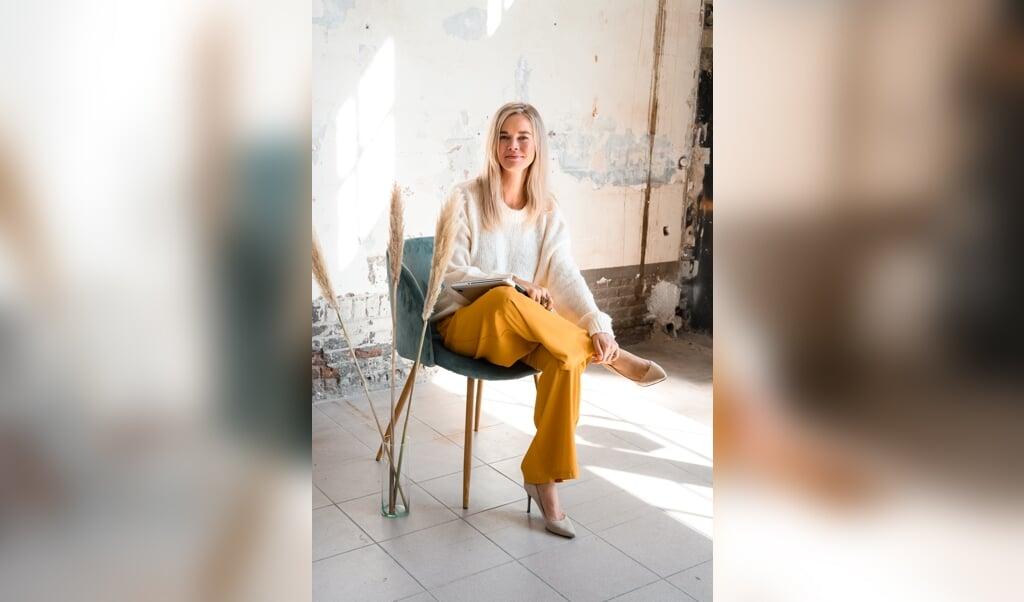 Caroline Glasbergen sprak met meer dan zeventig vrouwelijke experts en leiders over hun manier van leidinggeven.  (beeld cloveur photography)