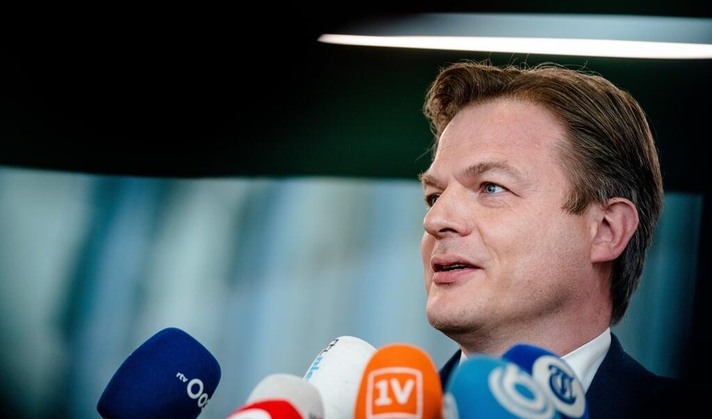 Tweede Kamerlid Pieter Omtzigt (CDA) staat de pers te woord voorafgaand aan de beediging van de Kamerleden in de Tweede Kamer. ANP BART MAAT  (beeld anp / Bart Maat)