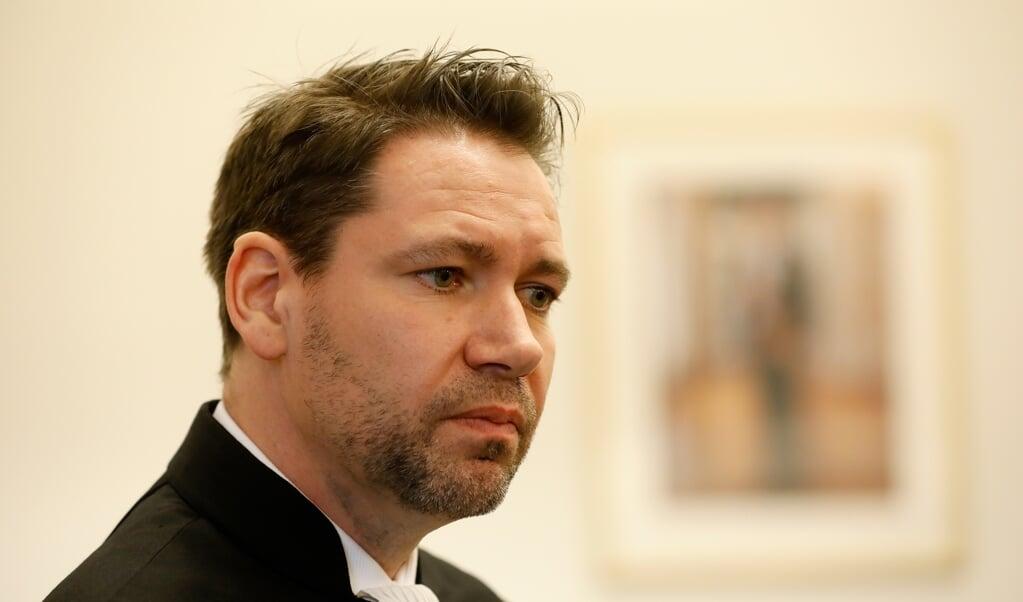 Advocaat Tim Bueters stond de donorkinderen en hun moeders bij.  (anp / bas Czerwinski)