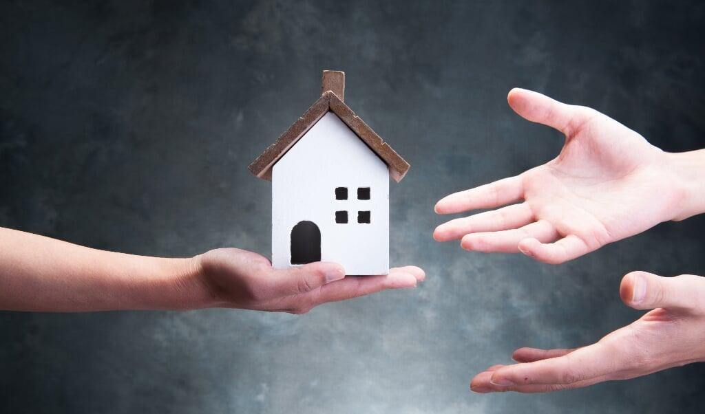 Als voor de grondslag voor de vrijstelling van erfbelasting wordt uitgegaan van de gemiddelde prijs van een woning, bespaart dat menigeen kopzorgen.   (beeld istock)