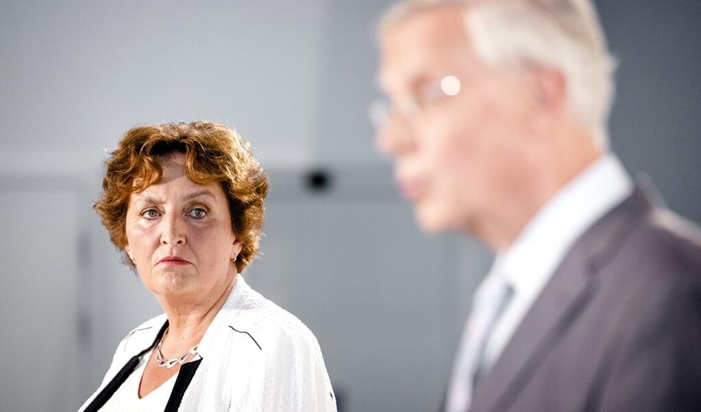 CDA-commissievoorzitter Liesbeth Spies en interim-partijvoorzitter Marnix van Rij.  (beeld de anp / Sem van der Wal)