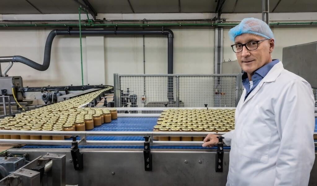 Ruben Bringsken van Baltussen Konservenfabriek in Driel: 'Oudere inwoners van Driel hebben het nog steeds over de jamfabriek.'  (beeld Henk Visscher)