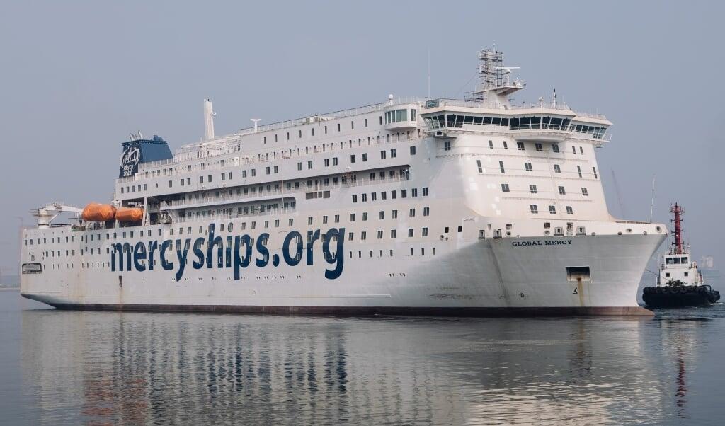 Mercy Ships werkte ruim acht jaar aan dit schip.  (beeld mercy ships)