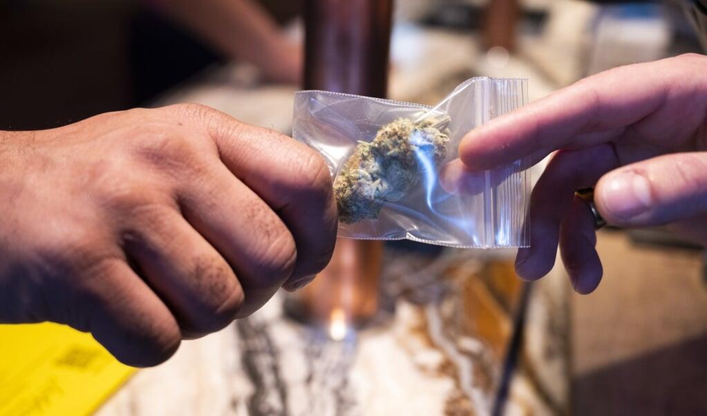 Normaliseren van drugsgebruik in wetgeving en publieke opinie, leidt tot meer gebruik en daarmee meer gezondheidsschade en maatschappelijke schade.   (beeld anp / Evert Elzinga)