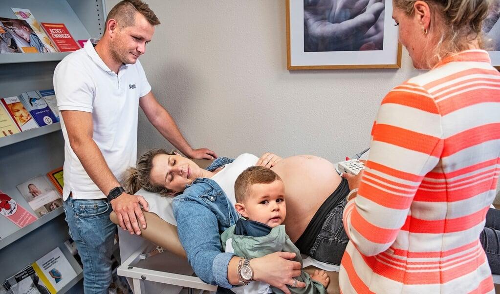 Geografen beschouwen het als goed nieuws dat er meer baby's worden geboren in Nederland.  (beeld Guus Dubbelman)