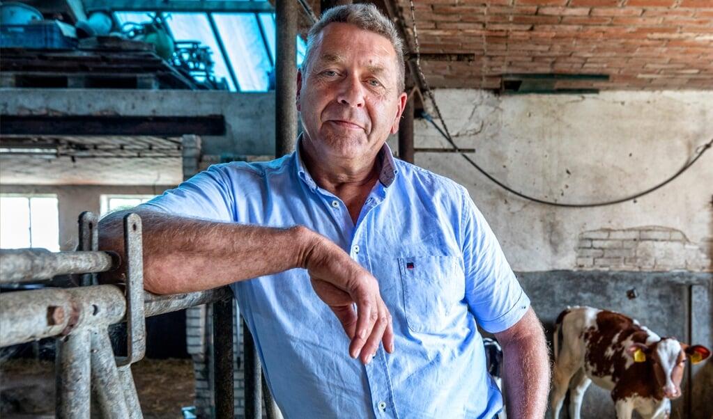 René Cruijsen op zijn boerderij in Dreumel.  (beeld Raymond Rutting)