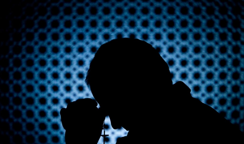 'Laten we ons twee luisteraars voor de geest halen. De eerste luisteraar hoort de brief/preek aan de Hebreeën voorlezen; de tweede hoort een preek over een gedeelte uit die brief.'  (beeld istock)