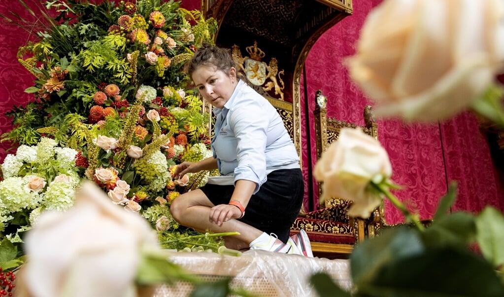 Voorbereidingen voor Prinsjesdag in de Grote Kerk te Den Haag.  (beeld anp / Koen van Weel)