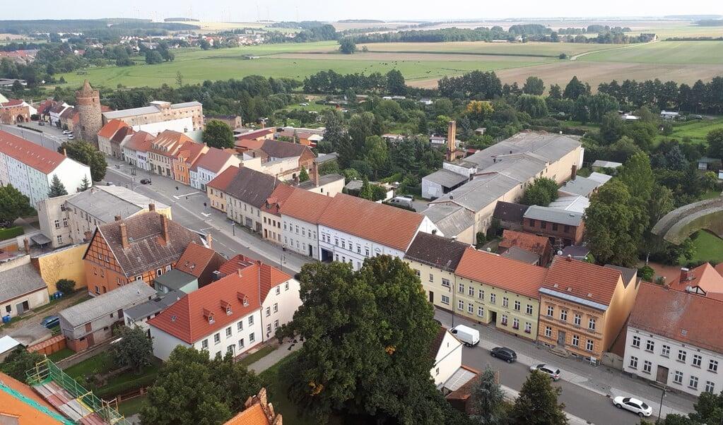 Jüterbog vanaf de kerktoren.  (beeld nd)