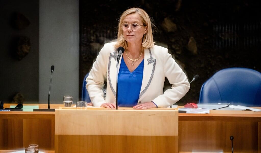 Demissionair Minister Sigrid Kaag van Buitenlandse Zaken (D66) tijdens het debat in de Tweede Kamer over de situatie in Afghanistan.  (beeld anp / Bart Maat)