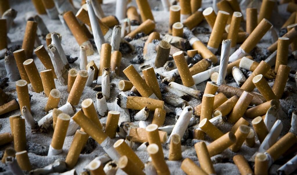 Het aantal rokers in Nederland loopt maar langzaam terug.   (beeld anp / Lex van Lieshout)