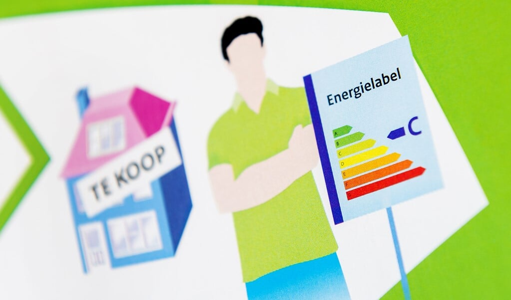 Een folder met uitleg over de energielabel voor woonhuizen.  (beeld anp / Koen van Weel)