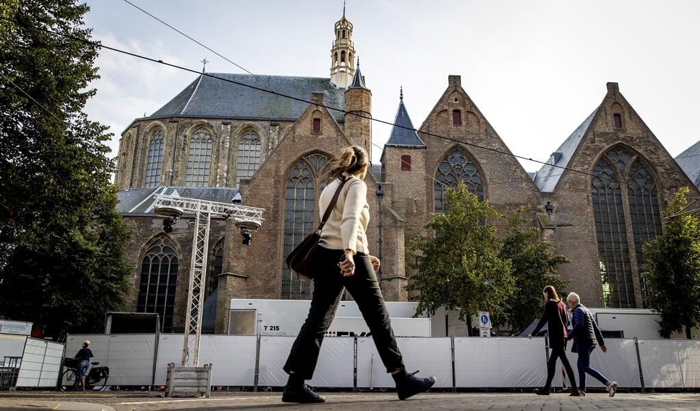 De gemeente Den Haag neemt verschillende veiligheidsmaatregelen in acht in aanloop naar Prinsjesdag. Vanwege het coronavirus vindt voor het tweede jaar de ceremonie niet plaats in de Ridderzaal.  (beeld anp / Koen van Weel)