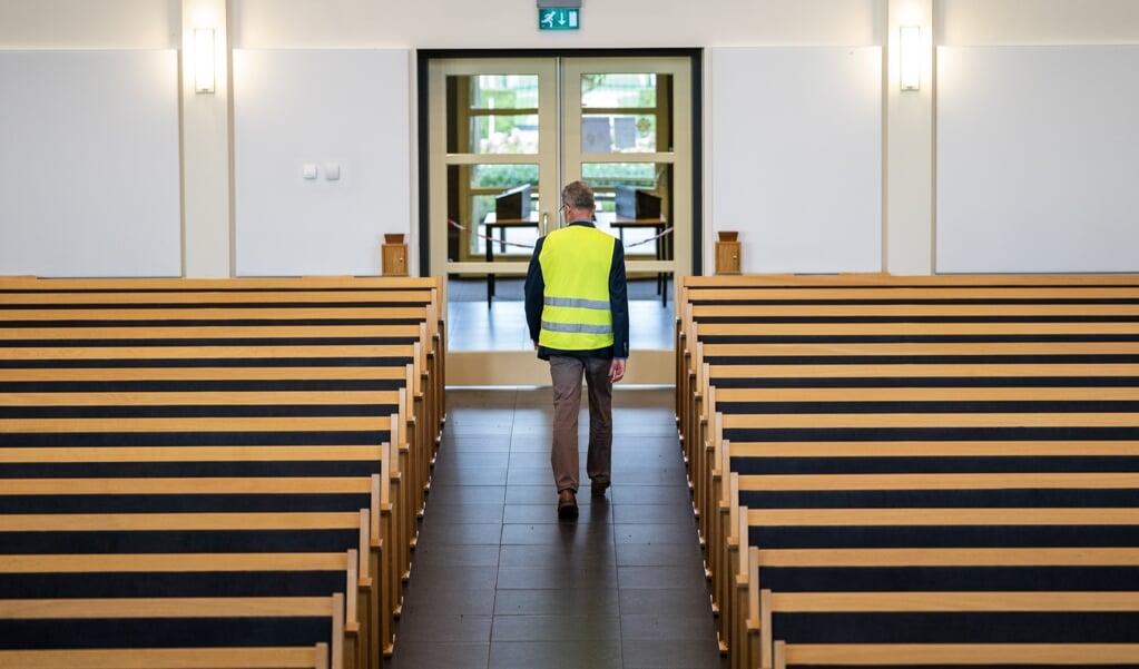 Een toegangsbewijs voor de kerk kan de overheid 'niet verbieden en niet verplichten'.  (beeld anp / Jeroen Jumelet)