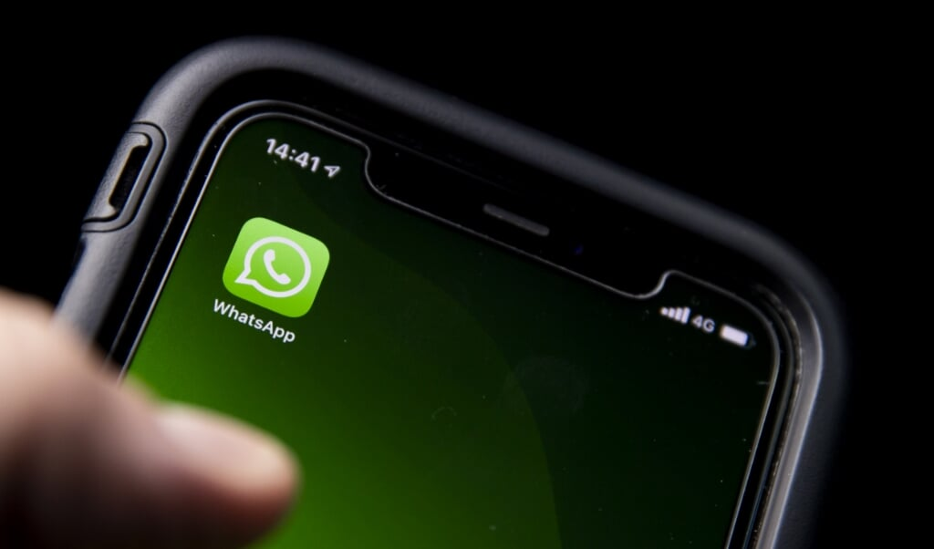 WhatsApp gebruikt zogenoemde end-to-endversleuteling.  (beeld anp / Koen van Weel)