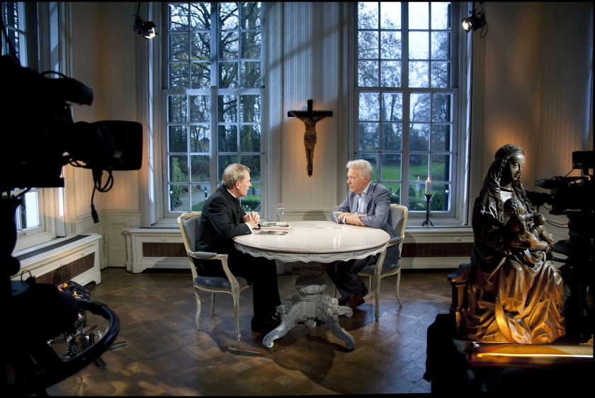 Bodar wil Nederland in de spiegel laten kijken