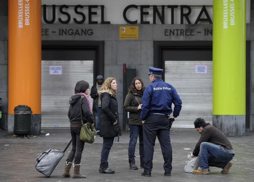 Staking openbare diensten verdeelt België