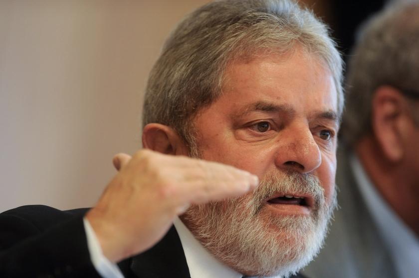 Lula neemt afscheid met stevige kritiek op Obama