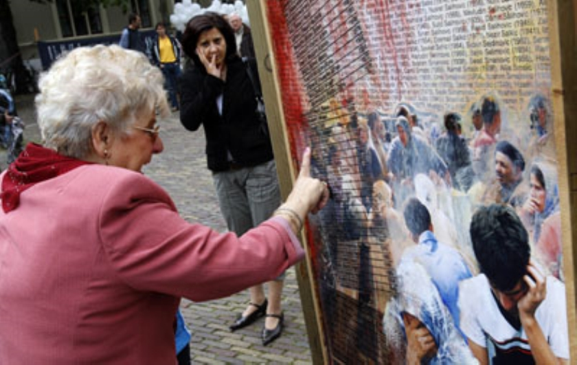 Slachtoffers van Srebrenica in Den Haag herdacht