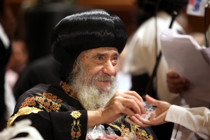 Koptische kerk afzijdig, maar jongeren niet