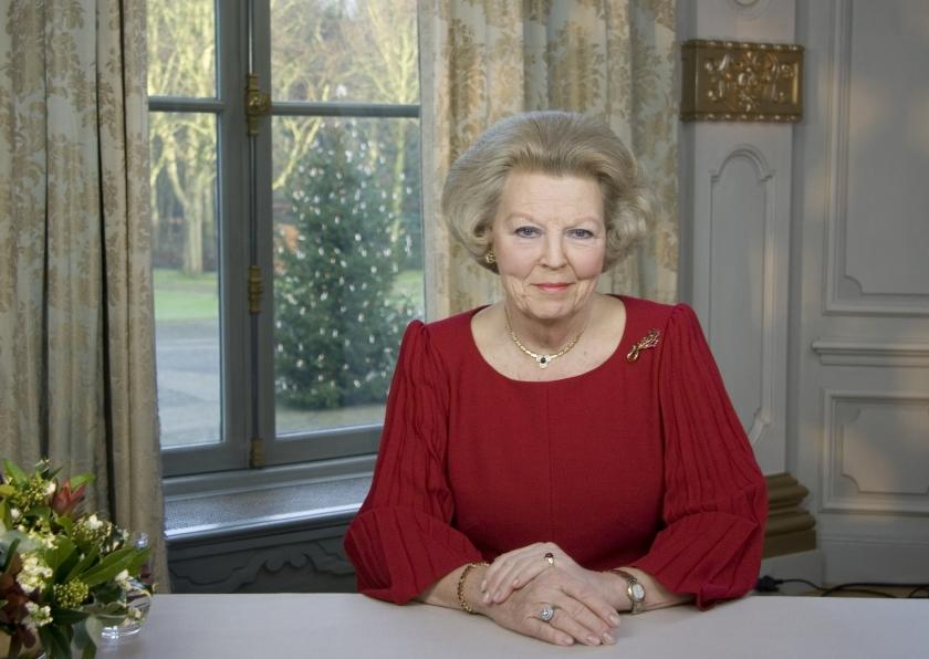 Koningin: ouderen niet afschrijven