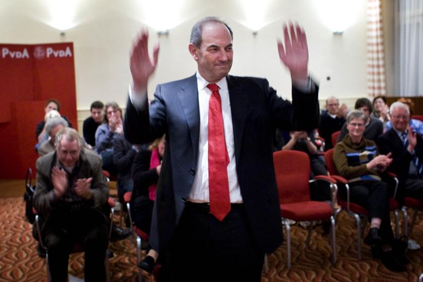 Cohen ziet af van wachtgeld
