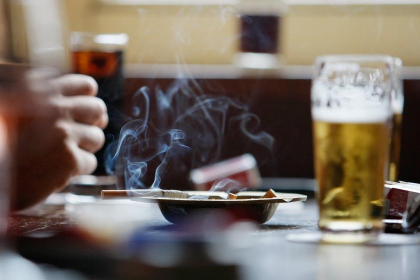 Vragen over schenken aan dronken klant