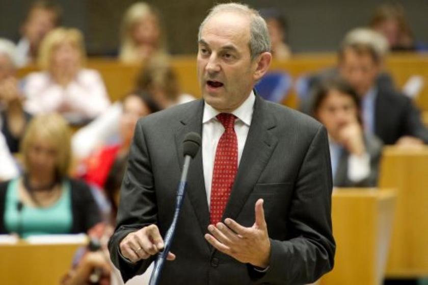 Cohen is van plan PvdA-leider te blijven