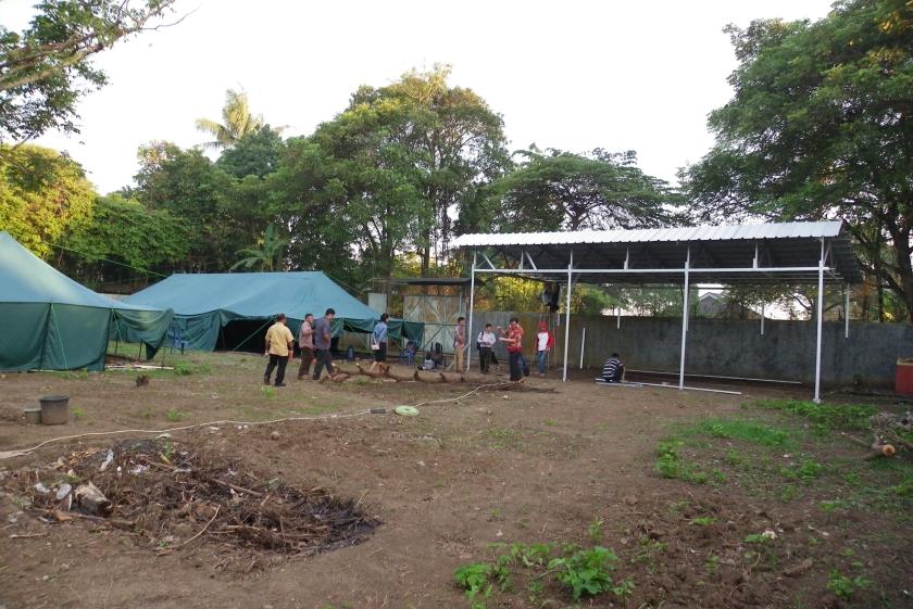 Setia begint weer in tentenkamp