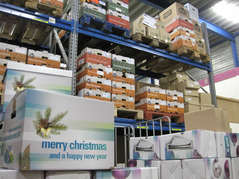 Voedselbank overstelpt met kerst-pakketten