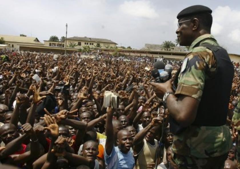 Chef-staf leger Ivoorkust op de vlucht