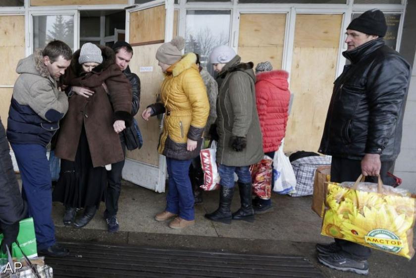 Moeizame evacuatie Oekraïens stadje in vuurlinie
