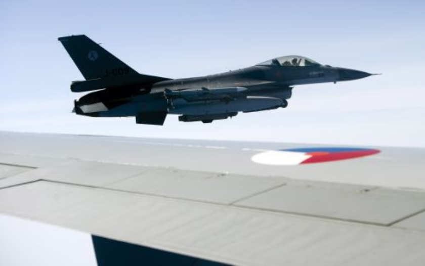 Nederlandse F16s krijgen geen bommen mee