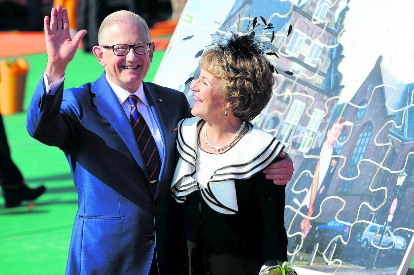 Prof. mr. Pieter van Vollenhoven, de man van prinses Margriet viert vandaag zijn 76e verjaardag  (novum)