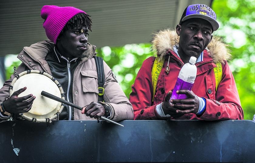Vluchtelingen weer dakloos  (novum / Rein van Zanen)
