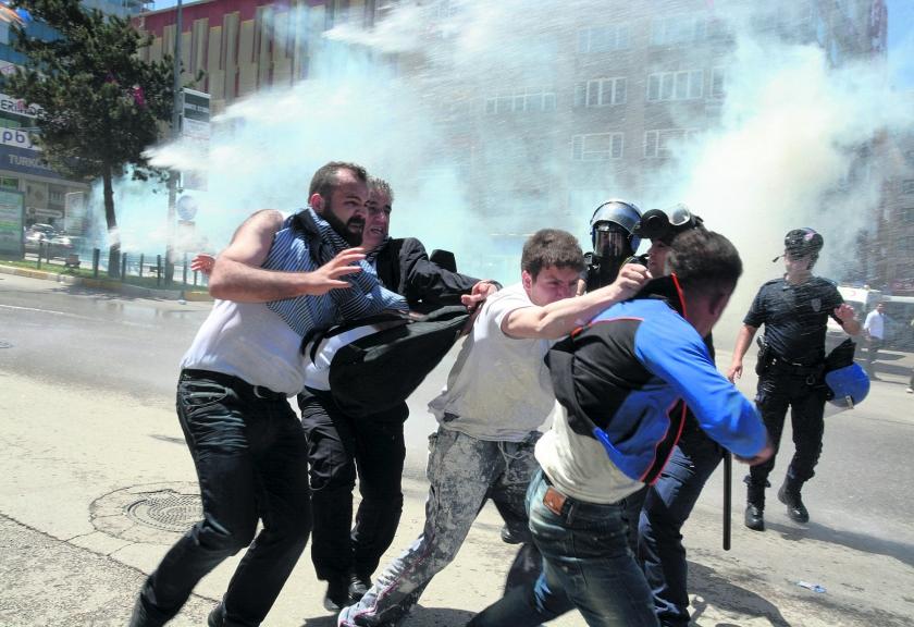 Journalisten vrezen einde persvrijheid in Turkije  (ap nd.nl)