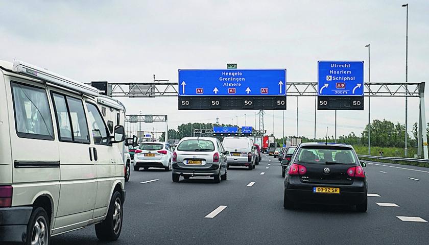 VVD en PvdA willen 130 rijden op gedeelte A2  (anp / Remko de Waal)