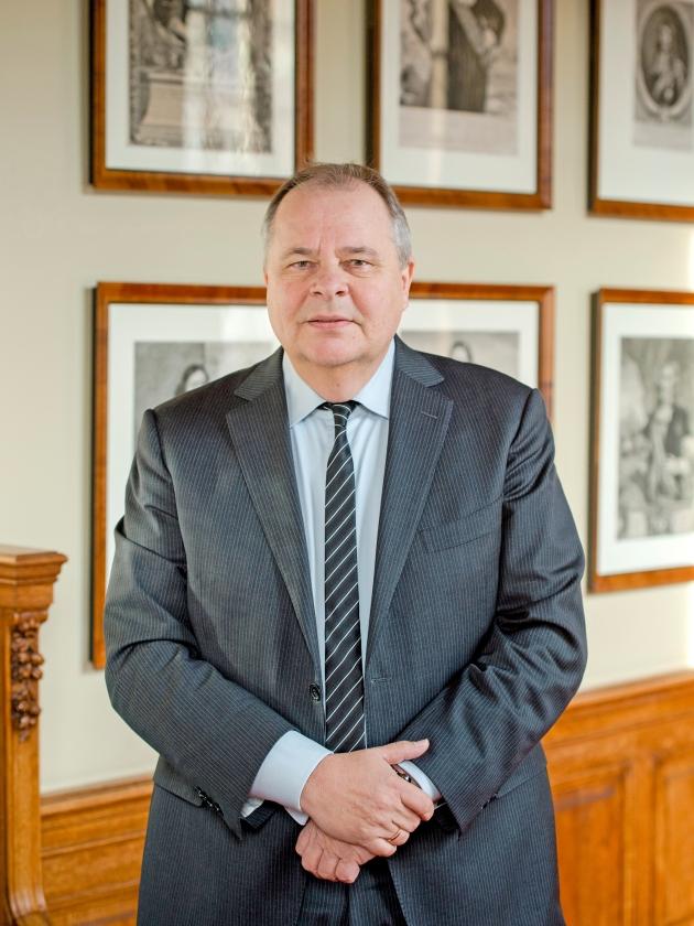 Eerste Kamerlid Peter Ester: 'Ik ben niet onder de indruk van de 35.000 extra banen die ons worden voorgespiegeld.'  (anp / Robin van Lonkhuijzen)