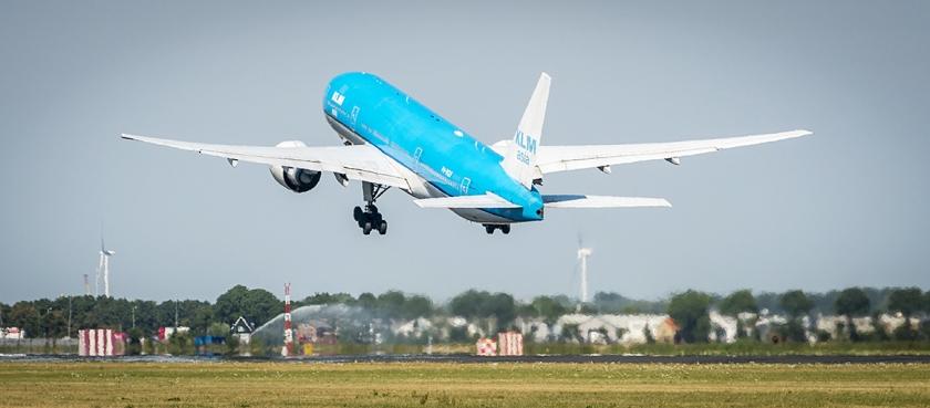 De 'machtsgreep' van Nederland bij Air France-KLM moet de positie van KLM en de luchthaven Schiphol beter beschermen.  (anp / Lex van Lieshout)